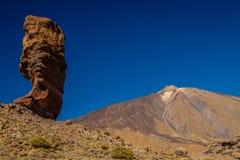 Roques de Garcia i nationalparken av El Teide, Tenerife Arkivbilder