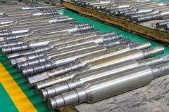 Ror av industriell rulle i en fabrik Arkivfoton