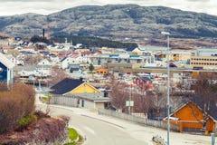 Rorvik, cidade norueguesa com as casas de madeira coloridas Foto de Stock