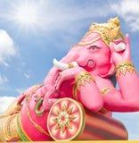 rosa avslappnande staty för ganecha Arkivfoto
