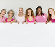 Rosa Band-Brustkrebs-Mädchen-weibliche Kopien-Raum-Fahne Conce lizenzfreies stockbild