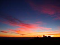 Rosa bewölkt Sonnenuntergang lizenzfreies stockfoto
