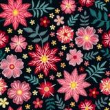 Rosa broderiblommor på svart bakgrund seamless blom- modell Dekorativt broderat tryck stock illustrationer