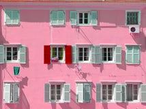 Rosa byggnad Fotografering för Bildbyråer