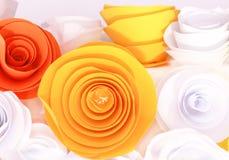 Rosa colorida artificial que es hecha a mano imágenes de archivo libres de regalías