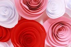 Rosa colorida artificial que es hecha a mano fotografía de archivo