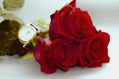 Rosa con l'orologio Fotografie Stock Libere da Diritti