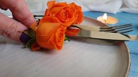 Rosa det härliga ultrarapidgåvasymbolet firar elegant romansk romantisk överraskning