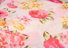 Rosa di rosa sul panno Fotografia Stock