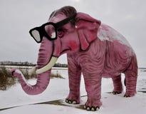 Rosa Elefant im Schneesturm Lizenzfreie Stockfotos