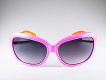 Rosa färg danar solglasögon Royaltyfria Foton