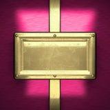 Rosa färgmetallbakgrund med den gula beståndsdelen Royaltyfri Fotografi