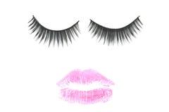 Rosa färgmun- och ögonfransbegrepp för makeup Arkivbild