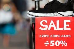 rosa försäljningsyellow Arkivfoto