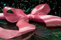 Rosa Farbband des Geschenks Stockfoto