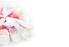 Rosa fiorisce il sapone dentellare e bianco Fotografia Stock Libera da Diritti