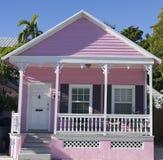 Rosa färger inhyser i Key West, Florida Arkivfoton