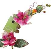 Rosa gefälschte Blumen mit Grußkarte Stockfotos