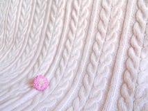 Rosa gestrickte Decke Stockbild