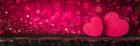 Rosa Glittery Valentine Hearts imagens de stock