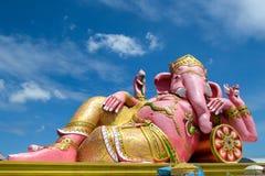 Rosa grande Ganesha de la estatua Foto de archivo libre de regalías