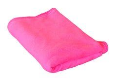 Rosa handduk över vit Fotografering för Bildbyråer