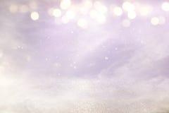 Rosa-, hellpurpurne und silberneabstrakte bokeh Lichter stockbild