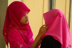 Rosa Hijab Royaltyfri Foto