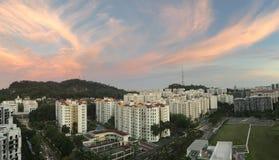 Rosa himmel i aftonen Arkivfoto