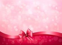 Rosa Hintergrund des Feiertags mit glattem Bogen des Geschenks und r Lizenzfreies Stockfoto