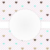 Rosa Kartenschablone mit Herzen Stockfotos