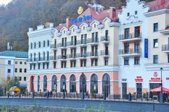 Rosa Khutor Alpine Resort Hotels fotos de stock