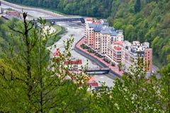 Rosa Khutor Alpine Resort, Sotchi, Rusland - mag, 2016 royalty-vrije stock afbeeldingen