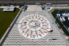 Rosa kompass och Mappa Mundi, Belem, Lissabon, Portugal Royaltyfri Fotografi