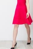 rosa kvinna för klänning Royaltyfria Foton
