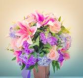 Rosa lilja för bakgrund arkivfoton