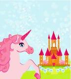 rosa magiskt slott och unicorn Arkivbild