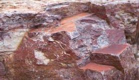 Rosa mit Weiß adert roten Granitbeschaffenheitshintergrund Lizenzfreie Stockbilder