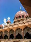 Rosa Moschee in Putrajaya, Malaysia Stockfotos