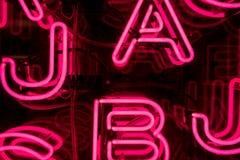 Rosa Neon-Buchstaben (1) Lizenzfreie Stockfotografie