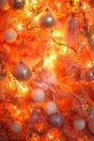 Rosa och orange julgran Arkivfoto