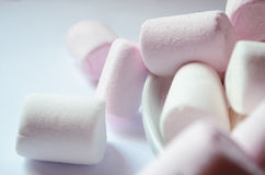 Rosa och vit marshmallow Royaltyfria Bilder