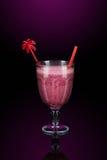 rosa smoothies för garnering royaltyfri bild