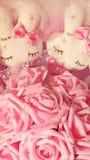 Rosa Spielzeughäschen Stockfoto