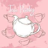 Rosa Teepartyplakat mit Hand gezeichneter Teekanne und Schalen Stockfotografie