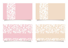 Rosa und beige Visitenkarten mit Blumenmustern Vektor EPS-10 Lizenzfreie Stockfotos