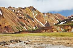 Rosa und orange Berge Stockfoto