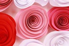Rosa variopinta artificiale che è fatta a mano Immagini Stock Libere da Diritti