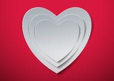 Rosa vermelha Corações brancos cortados do papel Fotografia de Stock Royalty Free