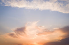 Rosa Wolken lizenzfreies stockbild